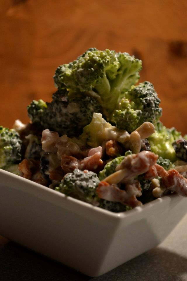Broccoli bacon salat